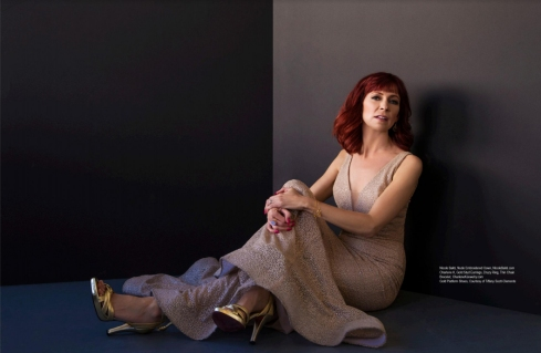 Carrie Preston is seen wearing Charlene K jewelry on Regard Magazine